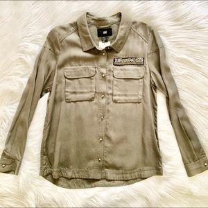 NWT H&M Embellished Cargo Utility Shirt, Size 6